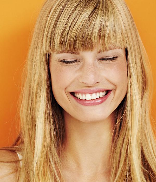 Come schiarire i capelli in tutta semplicità e naturalezza